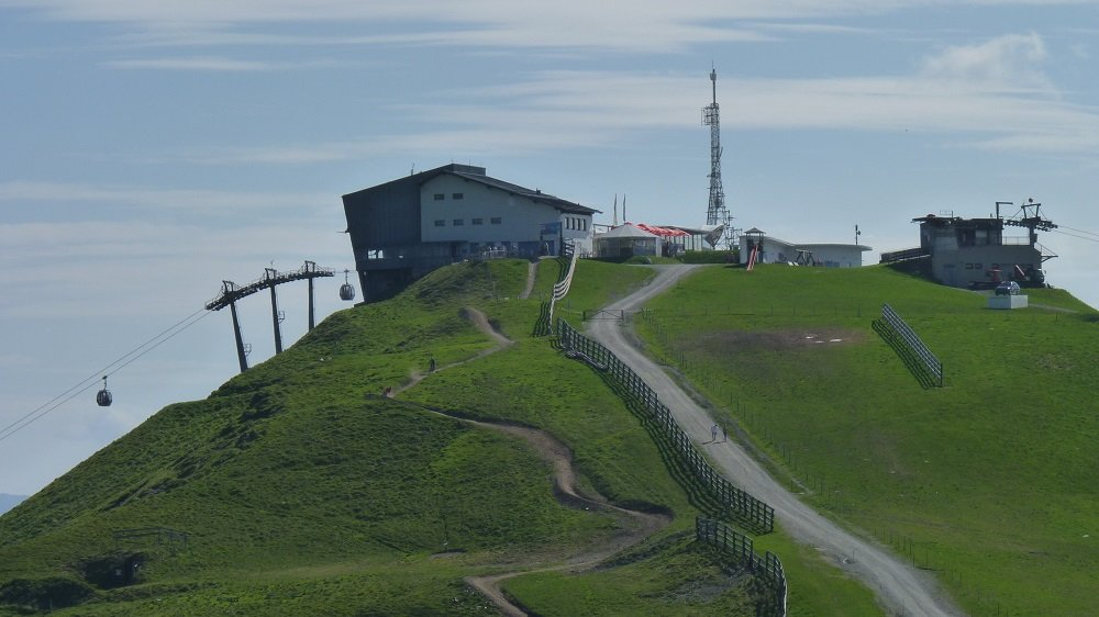 Erster Abschnitt X-Line und Hacklberg Trail bei der Schattberg X-press Bergstation