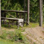 """Hohe Drops auf """"Northshore Trail"""" im Bikepark Steinach"""