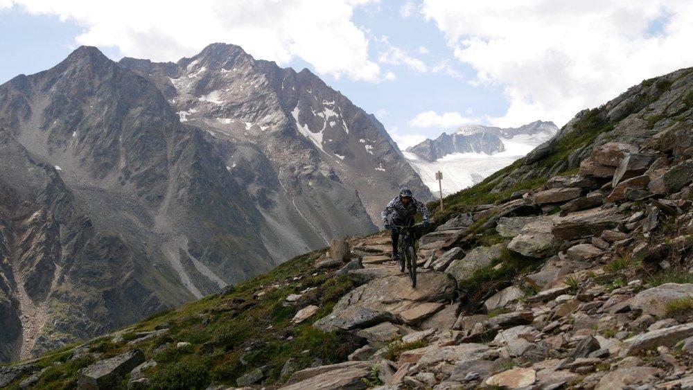 steinige Ollweite Line in der Bike Republic Sölden